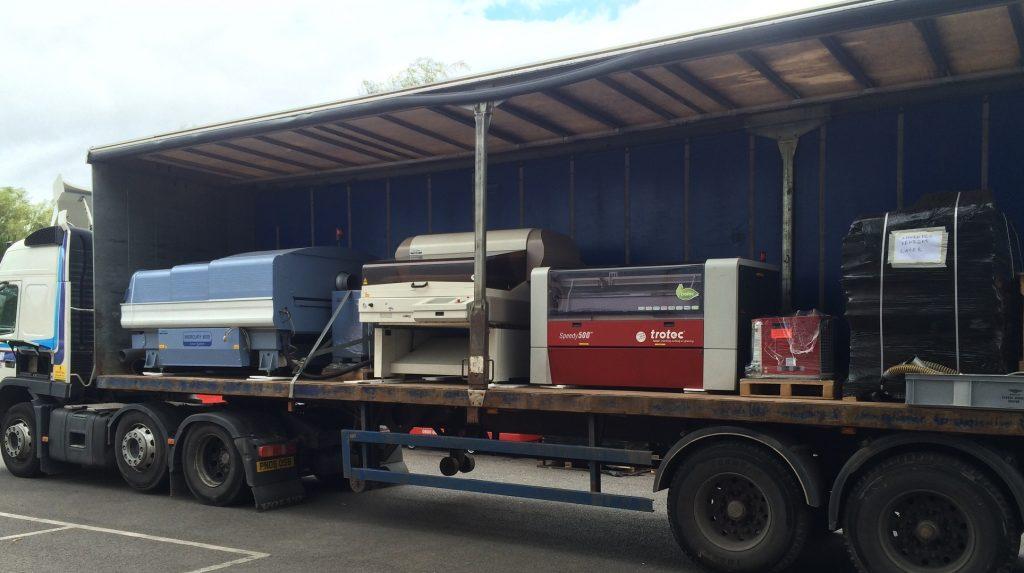loading-the-wagon-w